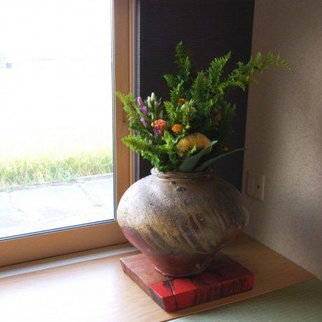 【活け込み】レストラン入り口装花